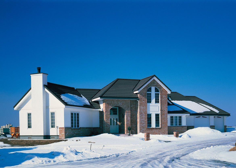 Шероховатое покрытие удерживает снег на крыше